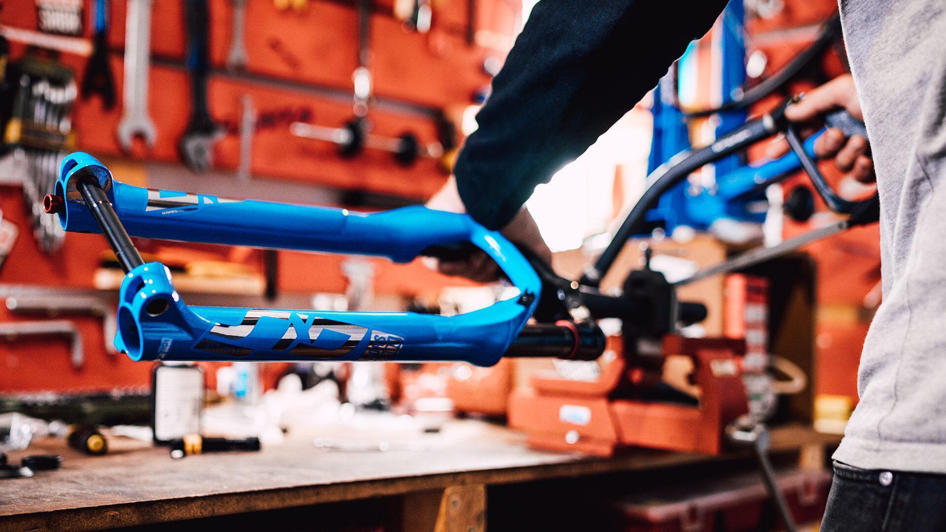 Great Attention To Detail Custom Focus Raven Focus Bikes
