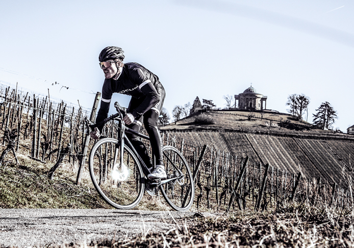 Fast, easy and with style: road and cyclo-cross bikes